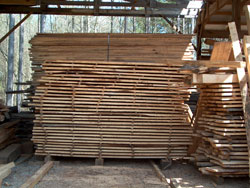 Kiln-Dried Boards for Wide Plan Flooring and Furniture